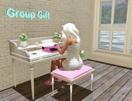 Group Gift Console Table_015
